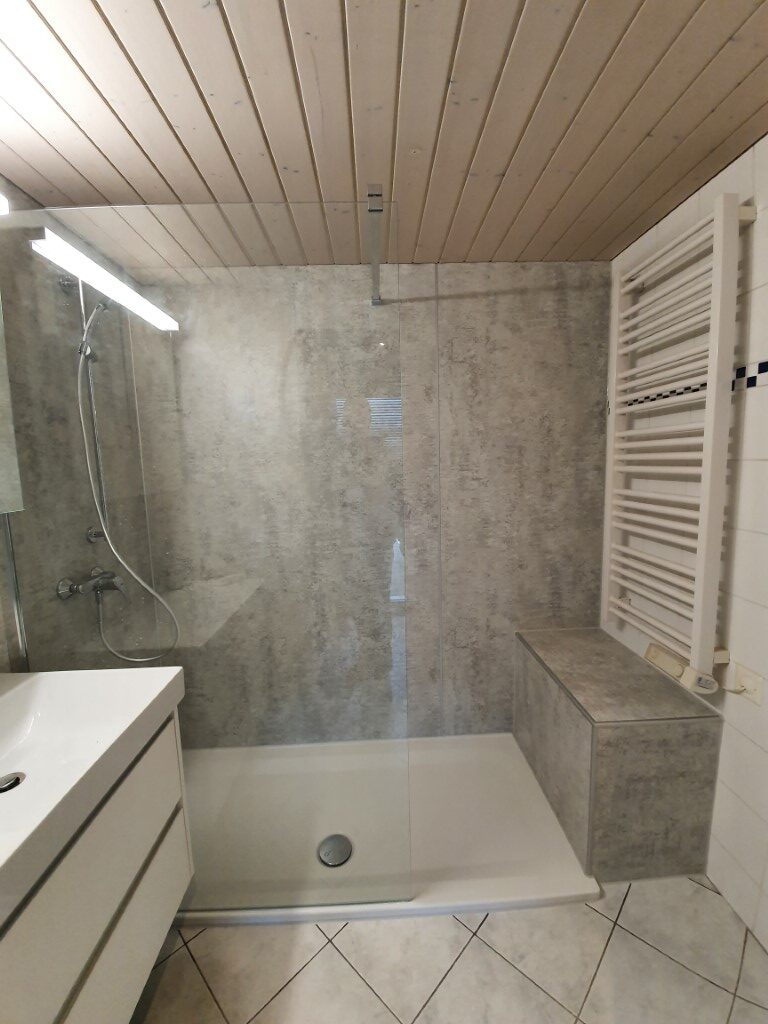 ᐅ Fugenloses Bad   fugenlose Dusche von InnoBAD   HIER KLICKEN
